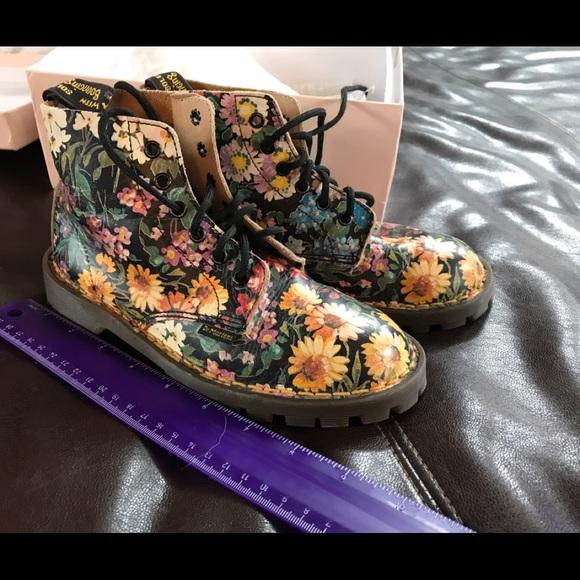 doc martin flower boots